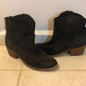 Dolce Vita Women's dark grey suede boots